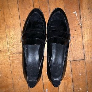 Marc fisher black patent loafers